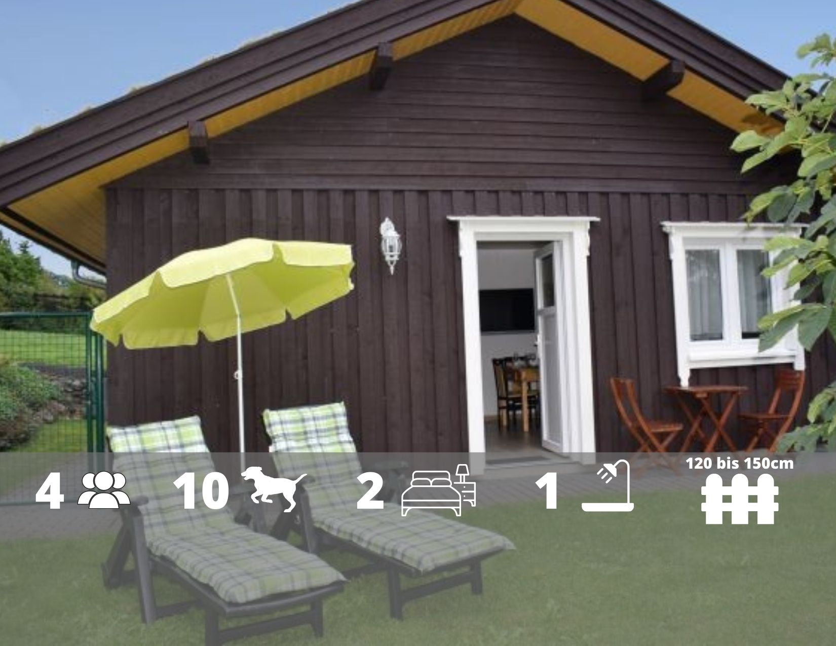 Grasdachhaus Dachsbüsch - Hundeparadies in der Eifel - Urlaub im Rudel